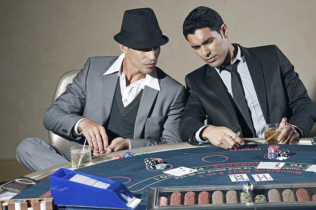 Joueurs de casino : comment bien se comporter ?