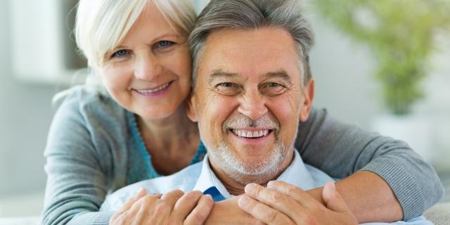 Trouvez l'assurance adaptée aux séniors grâce à un comparateur de mutuelle santé