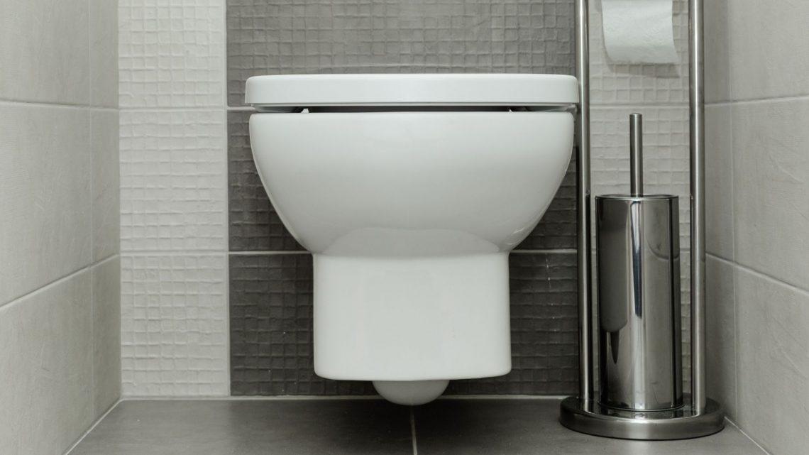 Comment réparer une fuite sur un WC suspendu ?